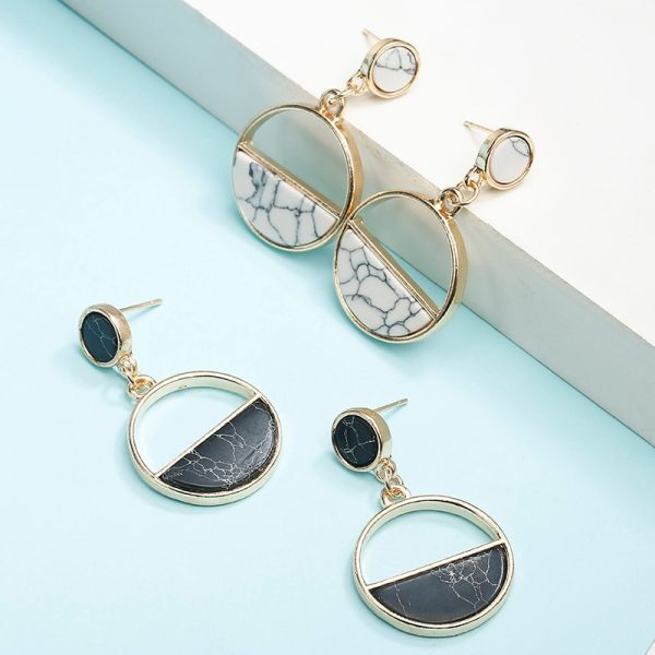 15336 83d4ca 600x600 - Charm Hollow Geometric Pendant Earrings