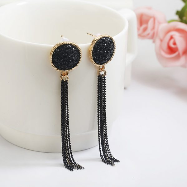 15375 2671dc 600x600 - Korean Statement Black Acrylic Drop Earrings