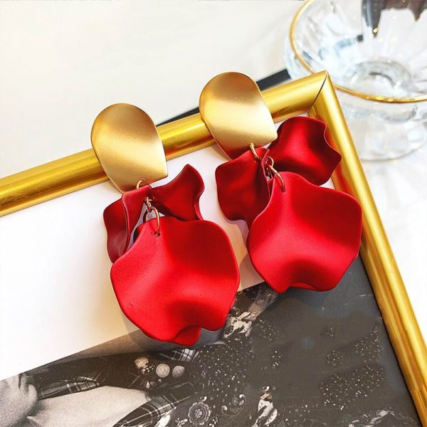 23657 db0961 600x600 - Sexy Statement Red Flower Petal Earrings For Women 2019 New Hot Jewelry Pendientes