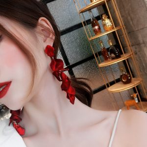 23907 e680dd 300x300 - Korean New Fashion Temperament Alloy Women Pendant Earrings Sexy Rose Petals Long Tassel Earrings Women Jewelry Red Earrings