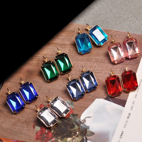 24293 ca89f9 600x600 - Hot and bright green purplish red, purple and blue pink and blue pink color women's birthday party earrings with beautiful earri