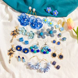 24996 183e8a 300x300 - Blue Acrylic Flower Earrings For Women BOHO Drop Dangle Earring Brincos Fashion Geometric Sunflower Jewelry