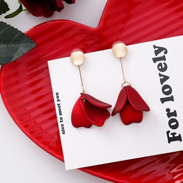 28931 0cc509 600x600 - Korea Style Cute Exaggeration Red Rose Flower Tassel Sexy Long Acrylic Bride Drop Earrings for Women Fashion Jewelry Accessories
