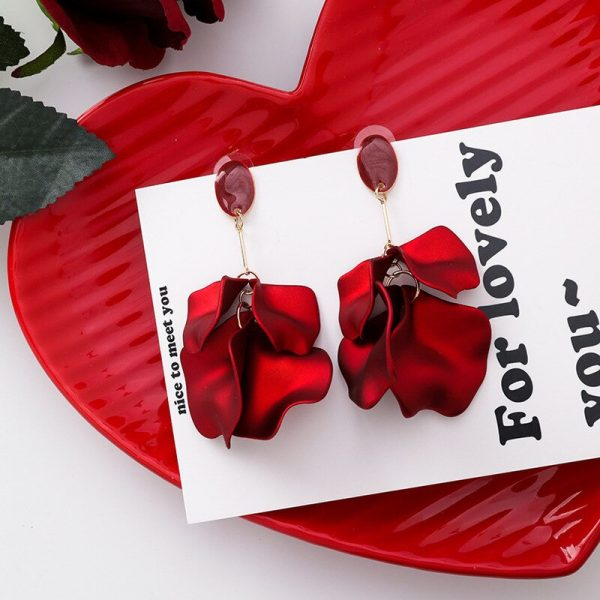 28931 45f2cd 600x600 - Korea Style Cute Exaggeration Red Rose Flower Tassel Sexy Long Acrylic Bride Drop Earrings for Women Fashion Jewelry Accessories