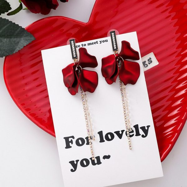 28931 5d7e14 600x600 - Korea Style Cute Exaggeration Red Rose Flower Tassel Sexy Long Acrylic Bride Drop Earrings for Women Fashion Jewelry Accessories