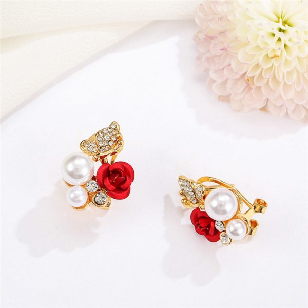 31045 7aa09b 600x600 - 2019 Trendy Rose Flower Earrings Exquisite Design Red Rose Stud Gorgeous Crystal Rhinestone Pearl Gold Stud Earring For Women 11