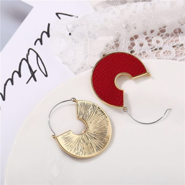 31606 30a227 600x600 - IF ME Fashion Leather Circle Hoop Earrings Big Round Korean Earring Alloy Metal Red Colorful Brincos 2020 New Jewelry Gift
