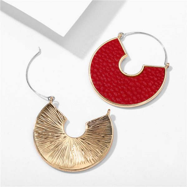 31606 a5340d 600x600 - IF ME Fashion Leather Circle Hoop Earrings Big Round Korean Earring Alloy Metal Red Colorful Brincos 2020 New Jewelry Gift