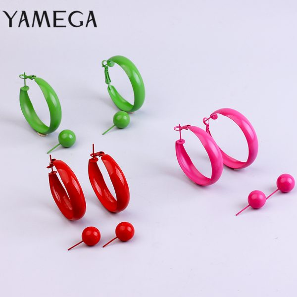 31697 0ffa0d 600x600 - 2 Pair Lot Painted Metal Trendy Hoop Earrings Pearl Gold Hoops Earring Set Green Fashion Jewelry Colorful Red Earrings For Women