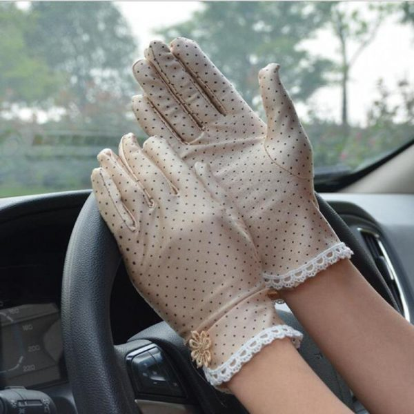 61101 alj13y 600x600 - Women's Fashion Cotton Summer Gloves Lace Patchwork Gloves Anti-skid Sun Protection Driving Short Thin Gloves Dot Women Gloves