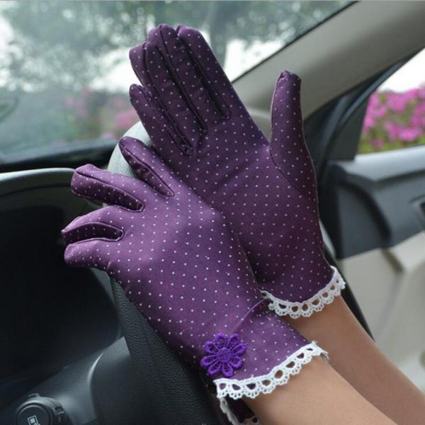 61101 c0n18g 600x600 - Women's Fashion Cotton Summer Gloves Lace Patchwork Gloves Anti-skid Sun Protection Driving Short Thin Gloves Dot Women Gloves