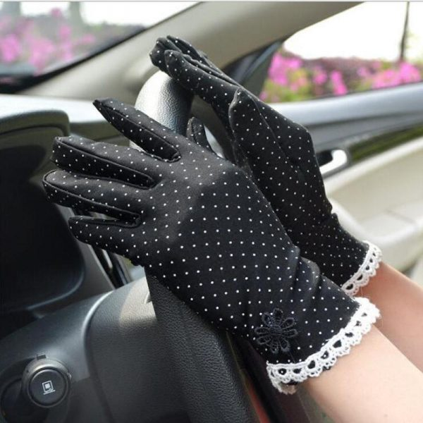 61101 nzupqb 600x600 - Women's Fashion Cotton Summer Gloves Lace Patchwork Gloves Anti-skid Sun Protection Driving Short Thin Gloves Dot Women Gloves