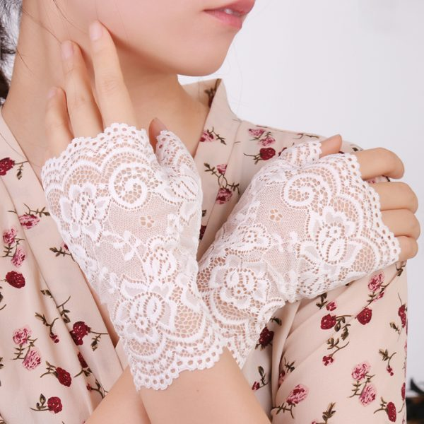 61275 ogptaz 600x600 - Spring And Summer Women'S Sunscreen Short Gloves Fashion Sexy Fingerless Lace Driving Gloves Spring And Summer Lace Glove