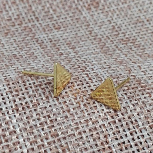 66887 tzfyhm 600x600 - 2020 New Fashion Gothic Triangle Earrings Unisex Punk Rock  Men Women Ear Stud Earrings Pierced Push-Back Ear Plug Jewelry