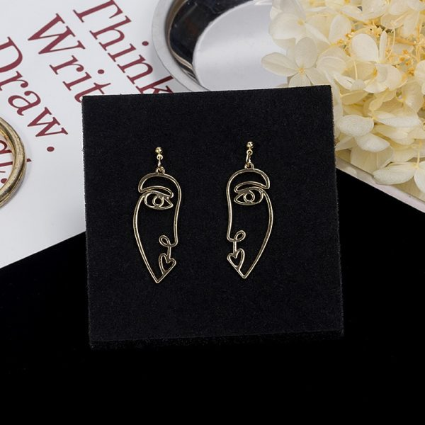 67467 ifsnmc 600x600 - Punk Human Face Drop Earrings For Women Retro Abstract Hollow out Statement Hand Metal Fashion Dangle Earring Jewelry
